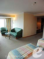 バンコク サイアム・プラトゥーナムのホテル : バイヨーク スカイ ホテル(Baiyoke Sky Hotel)のジュニアスイート ツイン(スタンダード ゾーン)ルームの設備 Room View