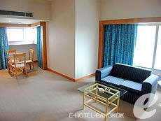 バンコク サイアム・プラトゥーナムのホテル : バイヨーク スカイ ホテル(Baiyoke Sky Hotel)のお部屋「スーペリア スイート ツイン(スタンダード ゾーン)」