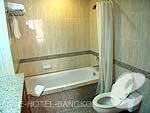 バンコク シーロム・サトーン周辺のホテル : バンダラ スイート シーロム バンコク(Bandara Suite Silom Bangkok)のバンダラ スイート 2ベッドルームルームの設備 Bath Room