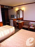 バンコク 王宮・カオサン周辺のホテル : バンコク センター ホテル(Bangkok Centre Hotel)のスーペリア シングル (ルームオンリー)ルームの設備 Bedroom
