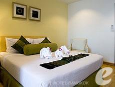 バンコク 王宮・カオサン周辺のホテル : バンコク センター ホテル(Bangkok Centre Hotel)のお部屋「スーパー デラックス ダブル(ルームオンリー)」