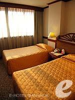 バンコク 王宮・カオサン周辺のホテル : バンコク センター ホテル(Bangkok Centre Hotel)のスーペリア シングル(ウィズ ABF)ルームの設備 Bedroom