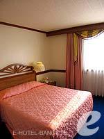 バンコク 王宮・カオサン周辺のホテル : バンコク センター ホテル(Bangkok Centre Hotel)のデラックス シングル(ウィズ ABF)ルームの設備 Bedroom