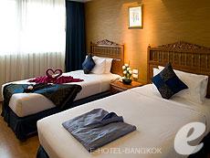 バンコク 王宮・カオサン周辺のホテル : バンコク センター ホテル(Bangkok Centre Hotel)のお部屋「デラックス ダブル(ウィズ ABF)」