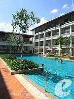 Swimming Pool / Banthai Beach Resort & Spa, หาดป่าตอง