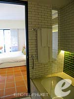 プーケット 10,000~20,000円のホテル : バンタイ ビーチ リゾート & スパ (Banthai Beach Resort & Spa)のデラックス(シングル)ルームの設備 Bath Room