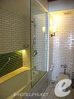 プーケット 10,000~20,000円のホテル : バンタイ ビーチ リゾート & スパ (Banthai Beach Resort & Spa)のデラックス(ツイン/ダブル)ルームの設備 Bath Room