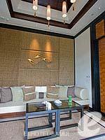 サムイ島 オーシャンビューのホテル : バンヤン ツリー サムイ(Banyan Tree Samui)のサンクチュアリ プール ヴィラ(2ベッドルーム)ルームの設備 Living Room