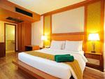 プーケット ファミリー&グループのホテル : バウマンブリ(Baumanburi)のプレミア スイートルームの設備 Bedroom
