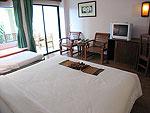 プーケット ファミリー&グループのホテル : バウマンブリ(Baumanburi)のデラックス(シングル)ルームの設備 Bedroom