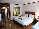 プーケット ファミリー&グループのホテル : バウマンブリ(Baumanburi)のプールサイド アクセス(シングル)ルームの設備 Bedroom