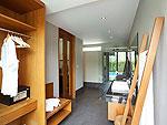 サムイ島 チョンモーンビーチのホテル : ベイ ウォーター リゾート(Bay Water Resort Koh Samui)のデラックスルームの設備 Bath Room