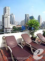Poolside : Best Comfort Residential, Fitness Room, Phuket