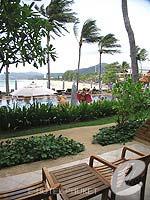 プーケット カロンビーチのホテル : ビヨンド リゾート カロン(Beyond Resort Karon)のデラックスルームの設備 Balcony