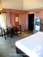 サムイ島 オーシャンビューのホテル : ブルー ヒル リゾート(Blue Hill Resort)のシービュー ヴィラルームの設備 Room View