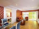 プーケット スパ併設のホテル : ブルー オーシャン リゾート & スパ(Blue Ocean Resort)のプレジデンタル スイートルームの設備 Living Room