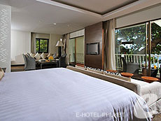 プーケット カタビーチのホテル : ボートハウス(1)のお部屋「ビーチフロント スイート」