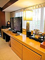 プーケット パトンビーチのホテル : ブラサリ プーケット(Burasari Phuket)のムード コレクション タイ エレガンスルームの設備 TV