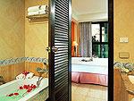 プーケット ビーチフロントのホテル : バイ ザ シー(By The Sea)のスーペリアルームの設備 Bath Room