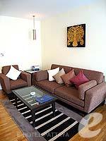 パタヤ シラチャーのホテル : ケープ ラチャ ホテル シラチャー(Cape Racha Hotel Sriracha)のスタジオ スイートルームの設備 Sofa
