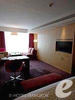 バンコク ファミリー&グループのホテル : センタラ グランド アット セントラルワールド(Centara Grand at Central World)のプレミアム ワールド ルームの設備 Bedroom