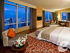 バンコク ファミリー&グループのホテル : センタラ グランド アット セントラルワールド(Centara Grand at Central World)のお部屋「ロイヤルスイート」