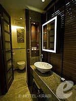 Bath Room : Premium Deluxe Ocean Facing(Single) (มาเป็นครอบครัว&หมู่คณะ) โรงแรมในกระบี่, ประเทศไทย