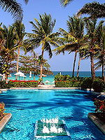 Swimming Pool / Centara Grand Beach Resort Samui, มีสปา