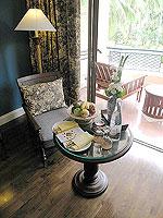 サムイ島 キッズルームありのホテル : センタラ グランド ビーチ リゾート サムイ(Centara Grand Beach Resort Samui)のデラックス オーシャンフェーシングルームの設備 Sitting Area