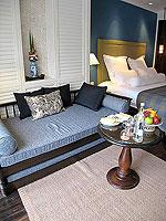 サムイ島 キッズルームありのホテル : センタラ グランド ビーチ リゾート サムイ(Centara Grand Beach Resort Samui)のデラックス プール スイートルームの設備 Sitting Area