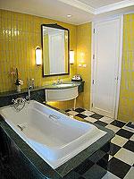 サムイ島 キッズルームありのホテル : センタラ グランド ビーチ リゾート サムイ(Centara Grand Beach Resort Samui)のデラックス プール スイートルームの設備 Bathroom