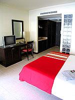 プーケット カタビーチのホテル : センタラ カタ リゾート(Centara Kata Resort)のデラックスシングルルームの設備 Bedroom