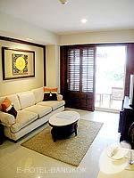 バンコク スクンビットのホテル : センター ポイント トンロー(Centre Point Thong Lo)の1ベットルームルームの設備 Living Room