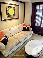 バンコク スクンビットのホテル : センター ポイント トンロー(Centre Point Thong Lo)の1ベットルームルームの設備 Sofa