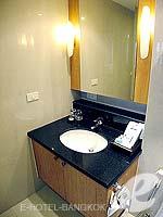 バンコク スクンビットのホテル : センター ポイント トンロー(Centre Point Thong Lo)の1ベットルームルームの設備 Bath Room