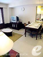 バンコク スクンビットのホテル : センター ポイント トンロー(Centre Point Thong Lo)の1ベッドルーム グランド スイートルームの設備 Living Room