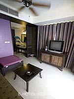 クラビ 10,000~20,000円のホテル : ランタ チャ ダ ビーチ リゾート(Cha Da Beach Resort & Spa)のゴールドスイートルームの設備 Living Room