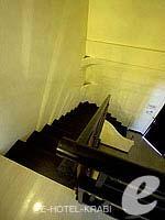 クラビ 10,000~20,000円のホテル : ランタ チャ ダ ビーチ リゾート(Cha Da Beach Resort & Spa)のプラチウム スイートルームの設備 Stair