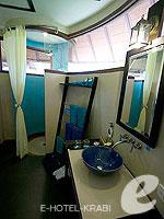 クラビ 10,000~20,000円のホテル : ランタ チャ ダ ビーチ リゾート(Cha Da Beach Resort & Spa)のエメラルド スイートルームの設備 Bath Room