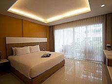 プーケット カロンビーチのホテル : チャナライ ヒルサイド リゾート(1)のお部屋「デラックス プール アクセス」
