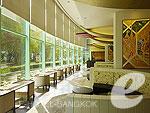 バンコク プールありのホテル : チャトリウム ホテル リバーサイド バンコク 「Lobby Lounge」