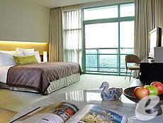 バンコク チャオプラヤー川周辺のホテル : チャトリウム ホテル リバーサイド バンコク(Chatrium Hotel Riverside Bangkok)のお部屋「チャトリウム クラブ」