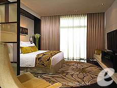 バンコク チャオプラヤー川周辺のホテル : チャトリウム ホテル リバーサイド バンコク(Chatrium Hotel Riverside Bangkok)のお部屋「プレミア スイート 1ベッドルーム」
