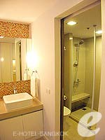 Bath Room : Studio Executive (Single) at Citadines Bangkok Sukhumvit 16, Sukhumvit, Bangkok