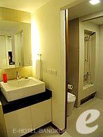 バンコク スクンビットのホテル : シタディーヌ バンコク スクンビット8(Citadines Bangkok Sukhumvit 8)のスタジオ エグジクティブ(ダブル)ルームの設備 Bathroom