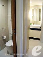 バンコク スクンビットのホテル : シタディーヌ バンコク スクンビット8(Citadines Bangkok Sukhumvit 8)の1ベットルーム デラックスルームの設備 Bathroom