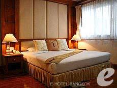 バンコク スクンビットのホテル : CNC レジデンス(CNC Residence)のお部屋「3ベッド スイート ウィズ ブレックファースト」
