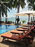Poolside : Coco Palm Beach Resort, Maenam Beach, Phuket