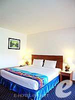 プーケット 5,000円以下のホテル : ココナッツ ビレッジ リゾート(Coconut Village Resort)のクラシック スタンダードルームの設備 Bedroom