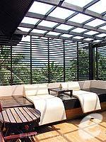 プーケット パトンビーチのホテル : ココナッツ ビレッジ リゾート(Coconut Village Resort)のジャグジールームの設備 Balcony